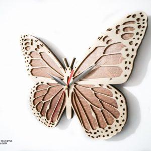 ceas fluture cu insertii